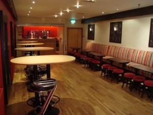 small lounge 2
